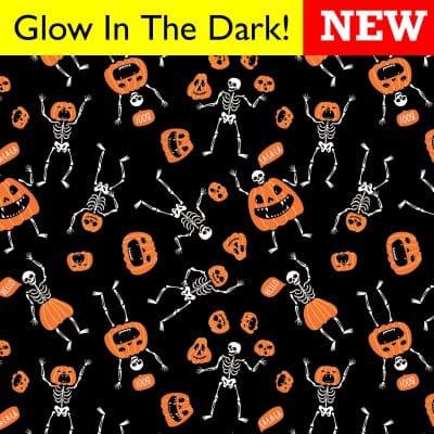 B22SEA-000531-Skeletons-Pumpkins-Glow_GLOW_NEW